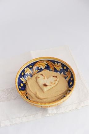 Hummus di Ceci con Pita: https://gikitchen.wordpress.com/2013/07/25/hummus-ceci-con-pita/